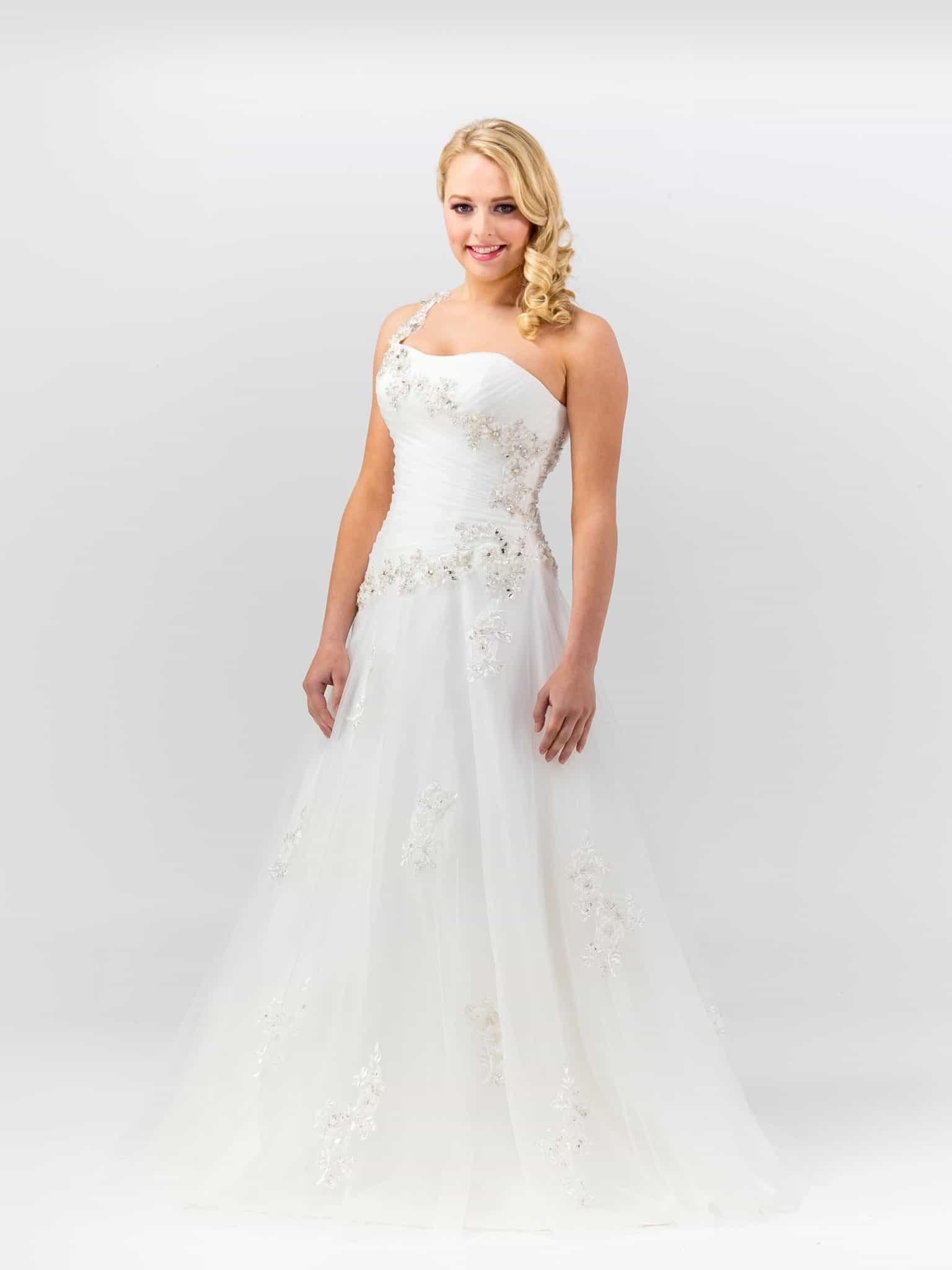 Magnloia Wedding Dress by Magnolia Bridal Designs